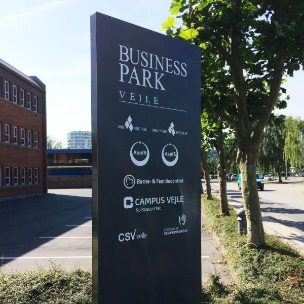 Skiltestander på hos Business Park Vejle